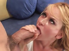 Big Boobs Blonde Cum in mouth MILF